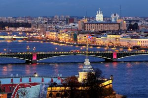 night-illumination-of-the-neva-river-bridges-in-st-petersburg